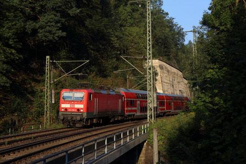 143 038 mit RB nach Dresden in Edle Krone