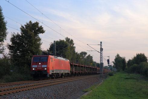 189 015 mit GA 47355 am BÜ Colmnitz