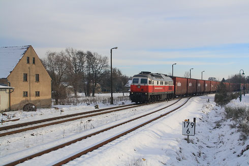 232 303 mit Opelzug in Hähnichen