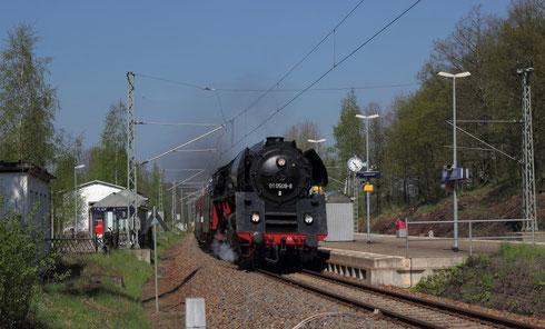 01 509, 35 1097 und 118 770 mit Sdz in Niederbobritzsch