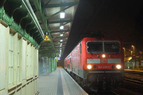 143 038 mit S 3 in Tharandt