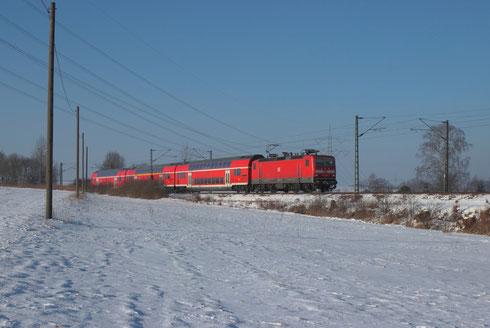 143 928 mit RE 3 nach Dresden bei Colmnitz