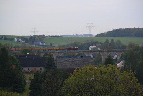 204 311 mit Koksleerzug auf dem Colmnitzer Viadukt
