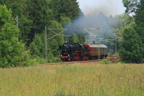 52 8079 mit kurzem P-Zug kurz vor Klingenberg-Colmnitz
