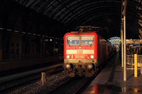 143 837 auf der S1 in Dresden Hbf
