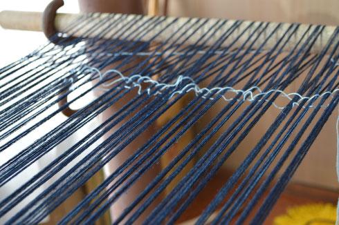 分け終わった糸はきれいです