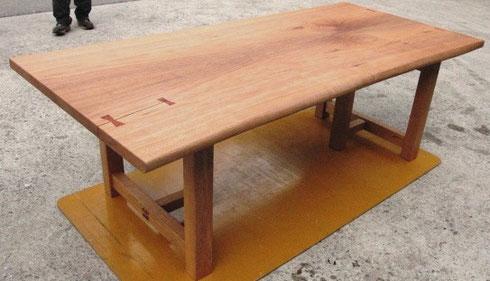 オニグルミの座卓兼用脚テーブル