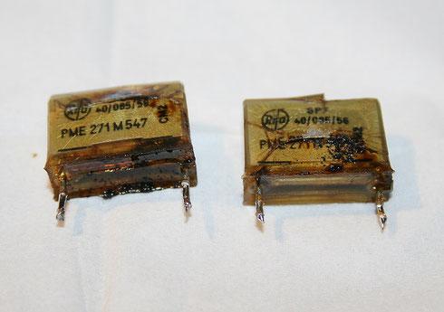 Übeltäter: die defekten Entstörkondensatoren aus der Yamaha D85
