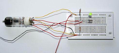 Versuchsaufbau Röhre PC 92 als Schalter