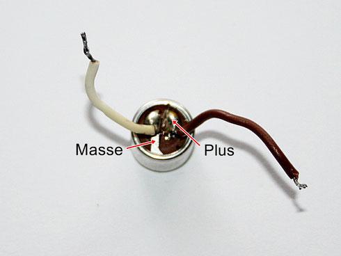 Elektret-Kondensatormikrofon und seine Anschlüsse