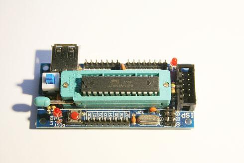 Mikrocontroller auf einem Entwicklungsboard