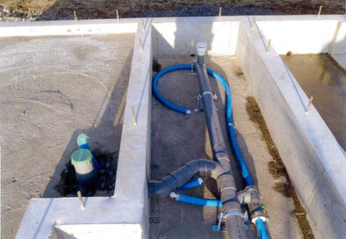 水道配管工事 床下 トイレ