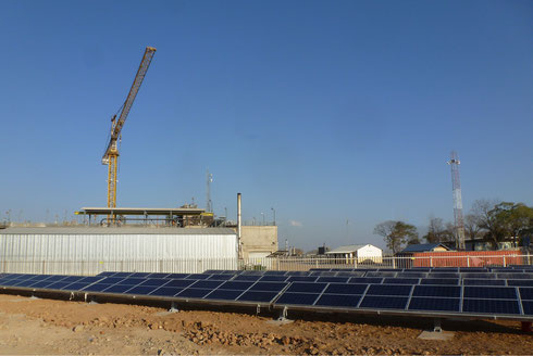 Hybrid plant  in Western Tanzania during construction - approved for media publication with source: Redavia GmbH