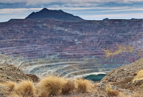 New Cornelia Mine, Ajo, Arizona USA - please contact THEnergy if you want to publish this picture - (c) is with Getty images and needs to be registered