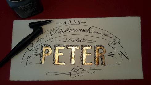 Blattgold in Schriftkunst und Handlettering