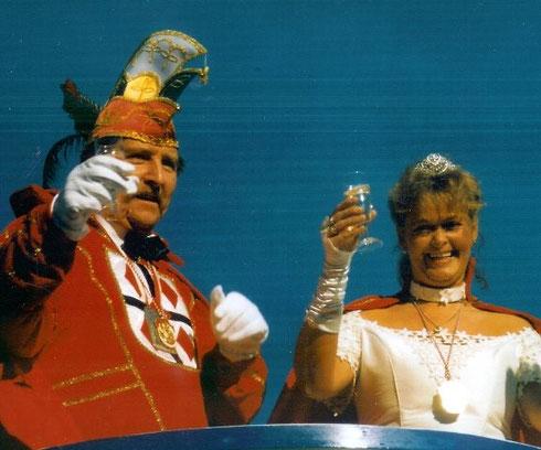 1998 Prinz Franz-Josef Krämer III. Prinzessin Annette Kippschild I.