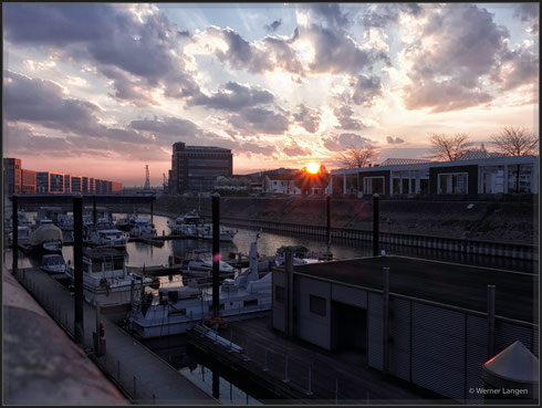Sonnenaufgang in der Marina