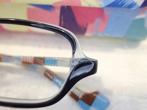 たくさんのメガネ屋さんを回ってきた結果、「やっぱりこれが良い」とGOSH(ゴッシュ)をお選びになられました