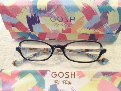 メガネ拭きやメガネケースもカワイイ。でも、一番大事なのはメガネをかけたとき似合うかどうか