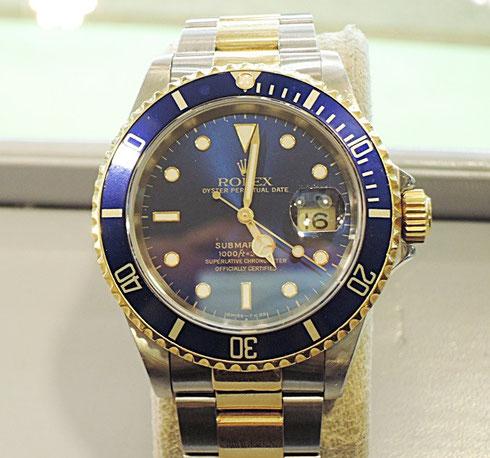 通称「青サブ」。人気のロレックス サブマリーナの時計修理が完了しました。