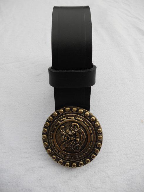 ceinture 4 cm de large, cuir noir, 36 euros