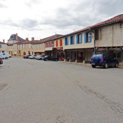 Aignan Marktplatz 1