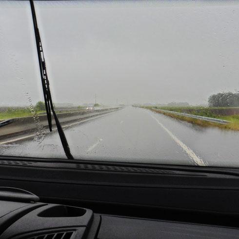 Im Regen in die Pyrenäen (wieder und immer noch REGEN)