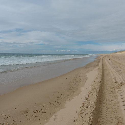 """""""unendlicher"""" Strand bei Arnaoutchot"""