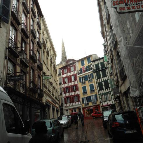 Bayonne - sicher eine wunderschöne Stadt - aber im Dauerregen?
