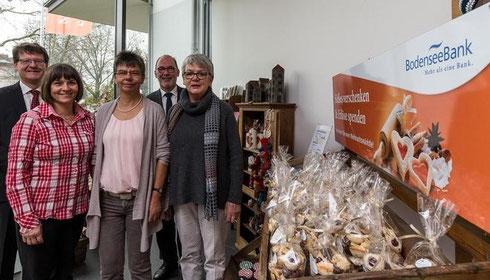 Beim Weihnachtsmärktle in der Bodenseebank gibt es reichlich Selbstgemachtes – Erlös geht an VR-Stiftung