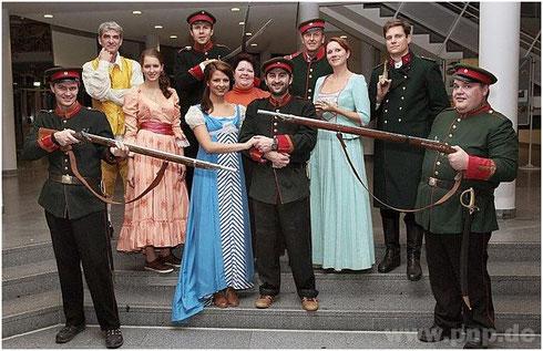 Gruppenfoto Schauspiele Laienbühne Pocking