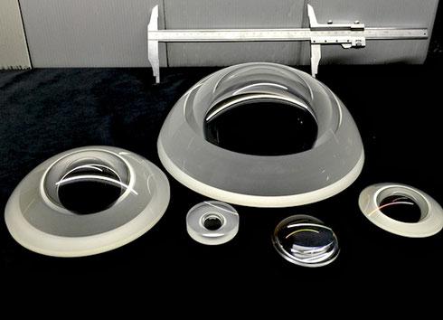 Прототипы оптических элементов будущего объектива. Image courtesy C-4 Optics.