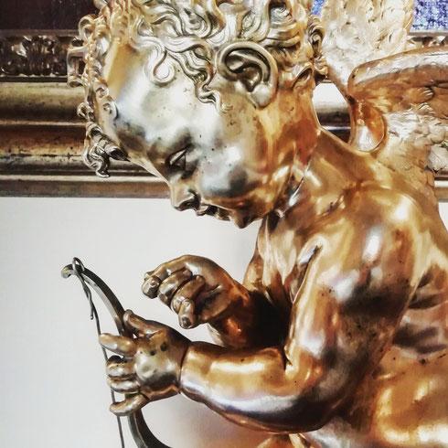 Nonostante gli anni di studi di storia dell'arte, Cupido per me ha la faccia da schiaffi che gli ha dato Hideo Azuma, l'ideatore di Pollon che ci ha lasciato qualche giorno fa. E allora mi pare giusto salutarlo, e ringraziarlo, con un altro Cupido, quello che a palazzo Colonna è tutto preso a infilare l'arco
