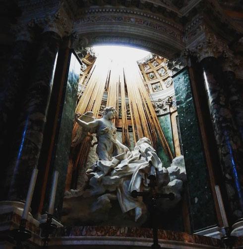 A volte mi domando cosa avrebbe fatto Bernini se fosse vissuto oggi e avesse lavorato con gli effetti speciali...forse, non avrebbe creato niente di più perfetto di quello che ha già pensato nel Seicento...