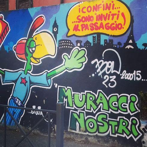 Questa settimana camminiamo per le strade di Primavalle alla ricerca dei Muracci Nostri, il progetto di street art che ha colorato le vie della borgata