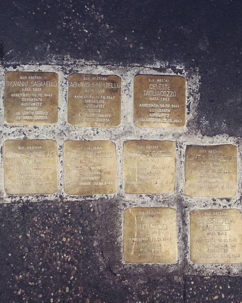 Fa sempre un certo effetto leggere i nomi e il destino dei deportati del ghetto...inciampare in queste pietre è il modo migliore di non dimenticare quello che è stato