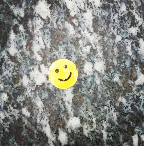 Se uscendo dalla metropolitana (fermata Barberini) una fredda mattina di gennaio si trova qualcuno che sorride, allora è proprio venerdì