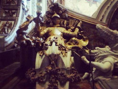 Un'armatura in chiesa? Sì, se la chiesa è quella di santa Maria della Vittoria, dedicata alla vittoria sui protestanti al termine della battaglia della Montagna Bianca, appena fuori Praga, nel 1620.