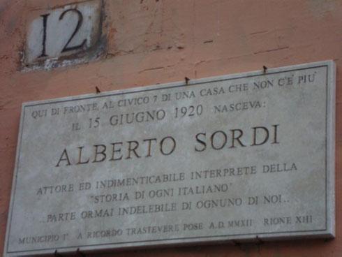 Il 15 giugno del 1920 nasceva in una casa di via san Francesco a Ripa il grande Alberto Sordi. Buon compleanno sor Marchese!
