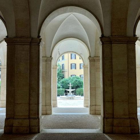 Cambiare prospettive...palazzo Barberini è bello da ogni lato