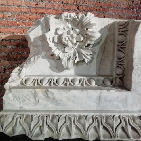 Non so voi, ma non riesco a capacitarmi di come i mercati di Traiano siano così straordinariamente belli e, allo stesso tempo, desolatamente sempre vuoti. Ma voi ci siete mai stati?