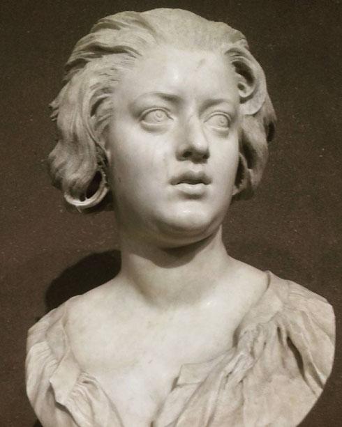 La grande passione di Bernini è stata Costanza Bonarelli, moglie di un suo assistente, che ritrae nel fantastico busto conservato al museo del Bargello e di passaggio a Roma per partecipare alla mostra