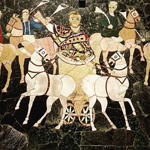 Di epoca tardo imperiale, della basilica di Giunio Basso all'Esquilino non si conserva poi molto, eccezion fatta per gli splendidi pannelli in opus sectile di palazzo Massimo