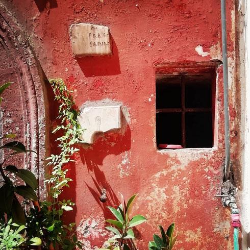 Le parole sono finestre, oppure muri