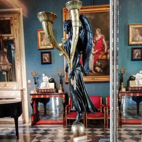 Conoscete il museo Napoleonico? A palazzo Primoli, ospita una ricca collezione di opere, cimeli e memorabilia appartenuti al conte Giuseppe Primoli, figlio di Pietro e di Carlotta Bonaparte...ah, l'ingresso è sempre gratuito!