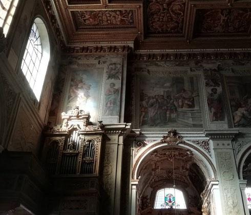 Giochi di chiari e scuri ai santi Cosma e Damiano