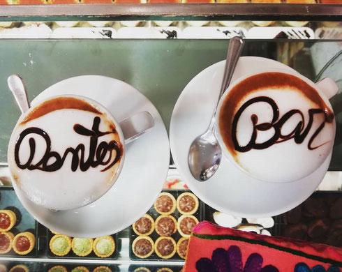 È lunedì. Un caffè. Anzi due
