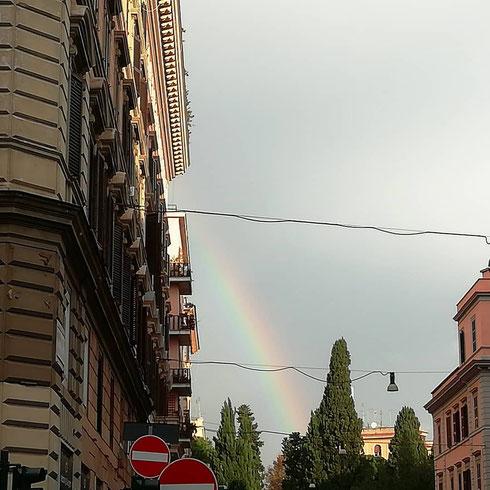 A ben guardare (e, nello specifico, in via Cola di Rienzo) dopo il temporale esce sempre l'arcobaleno...