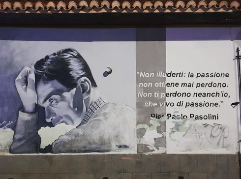 Pier Paolo Pasolini lancia messaggi dai muri del Pigneto