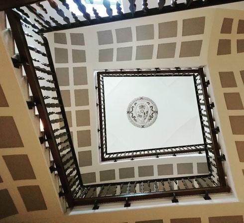 Lo scalone del pontificio collegio spagnolo a palazzo Altemps annuncia giorni ad alto tasso di capolavori...